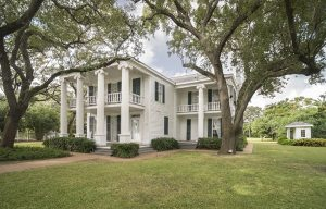 1838 Menard House